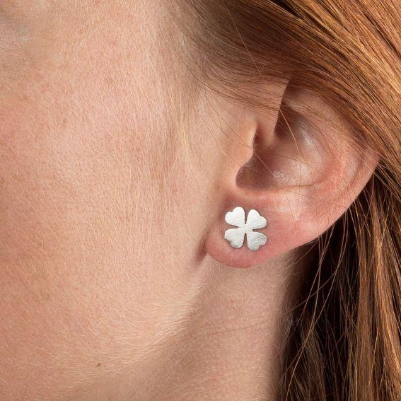 Boucles d'oreilles 7bis trèfle à 4 feuilles argentées