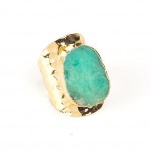 Bypa - rectangular green ring